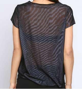 T-shirt asymétrique résille