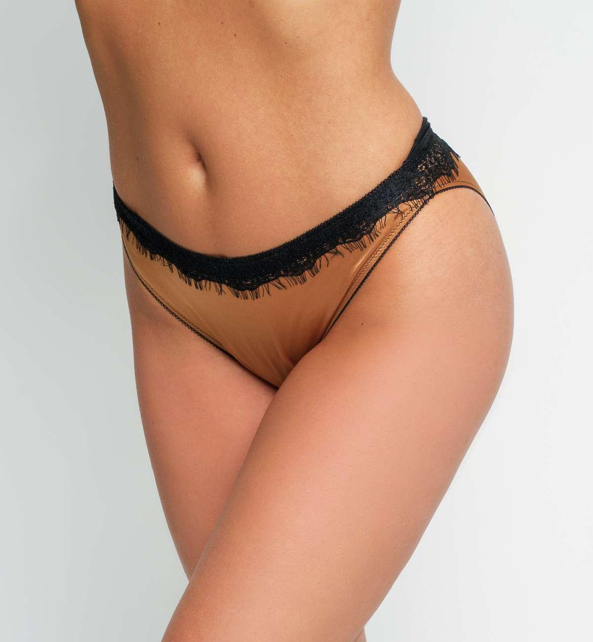 Culotte satin dentelle CO05